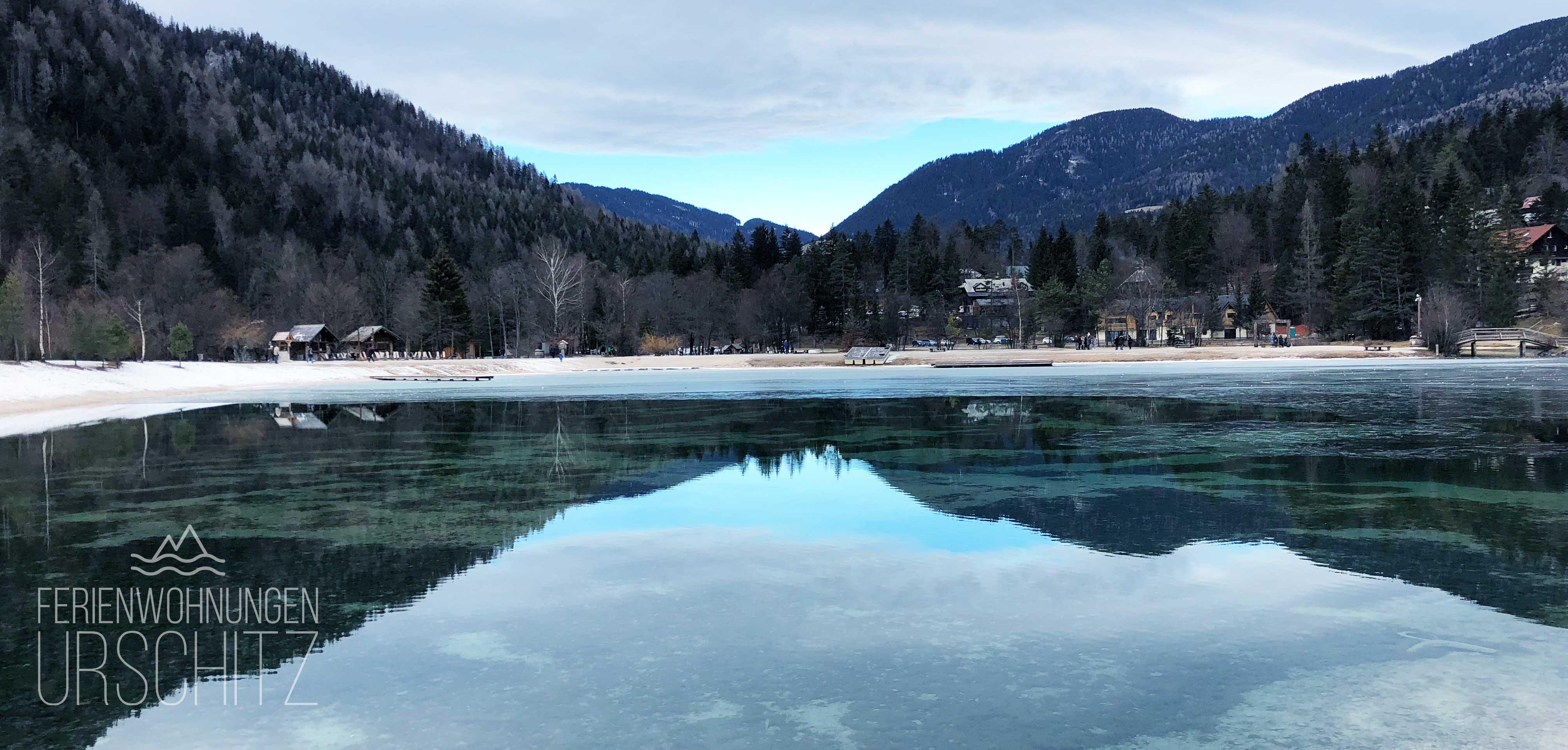 Ausflug zum Jasna See in Kranjska Gora/Slowenien von Villach/Drobollach/Ferienwohnungen Faaker See. Blick auf den See-Imbiss.