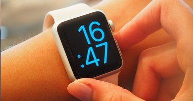 24 StockSnap 2TWEQ37H0H - Upgrade your smart watch with the latest firmware.