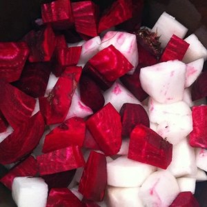 Beets (large cut) and daikon radish