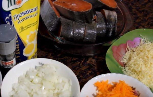 Кета, запечённая в духовке с овощами: рецепты с фото, как ...