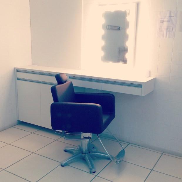 Espaco de maquiagem no Hair Luiza Rodrigues
