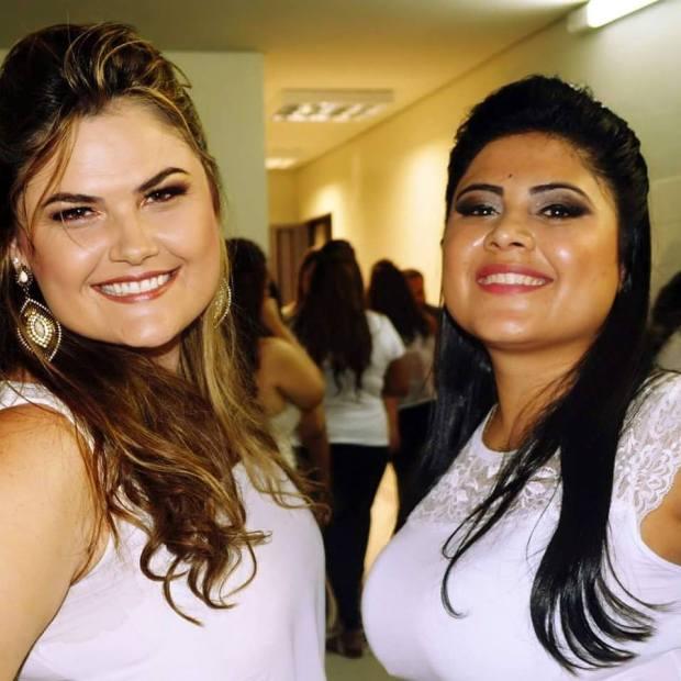 Fabíola Botelho e Natalia Oliveira Fonte: Facebook Fabíola Botelho