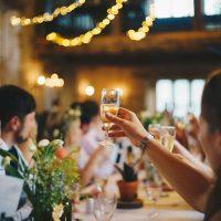 Novio escapa de boda y novia se casa con invitado