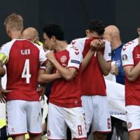 Eriksen recibe RCP durante partido de Eurocopa