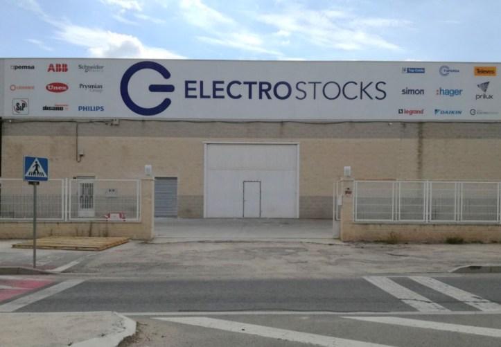 20171002_GrupoElectroStocks_Apertura_Villena
