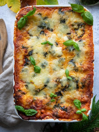 Butternut squash lasagna with fresh tomatoes & spinach