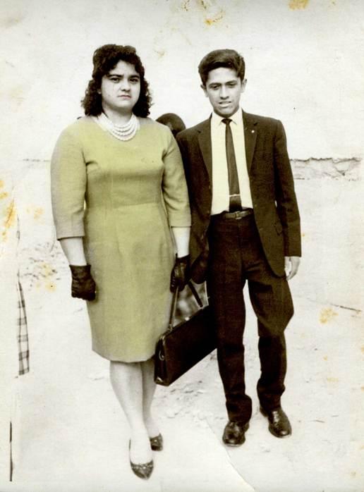 Mi madre y Eduardín, dándose un septimazo