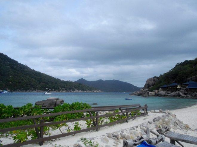 Das kristallklare Wasser auf Koh Tao ist perfekt zum Schnorcheln