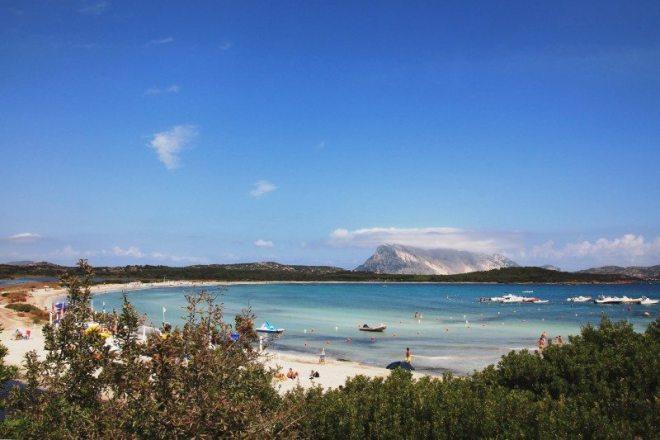 Schönster Strand an der Ostküste Sardiniens: Bucht bei San Teodoro