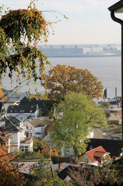 Hamburg Insidertipps: Ausblick auf Blankenese und die Elbe