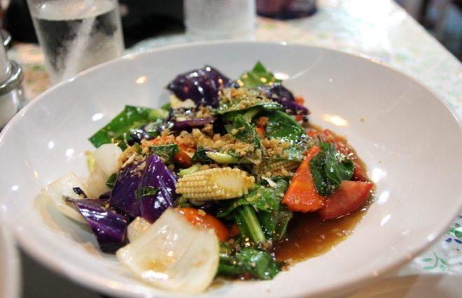 So lecker: Gebratenes Gemüse mit Austernsoße (Thailand)