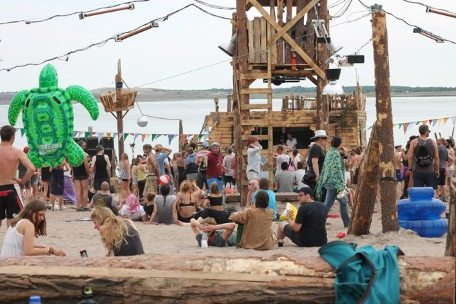Feel Festival 2015: Tanzen am Strand