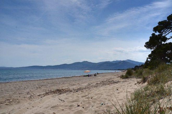 So schön die Aussicht auf die Buchten Athens - vom Schinias Beach
