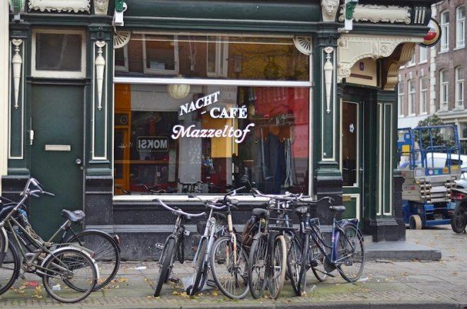Im hippen Viertel De Pijp gibt es so einige Cafes und Bars