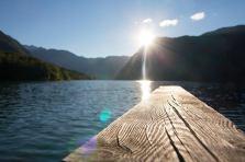 Sonnenschein am See in Bohinj