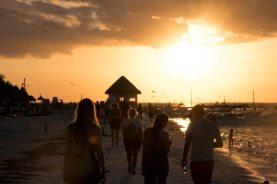 Glücklich werden - Sonnenuntergänge auf der Isla Holbox in Mexiko