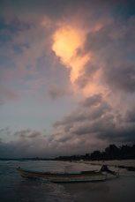 sonnenaufgang am strand von tulum