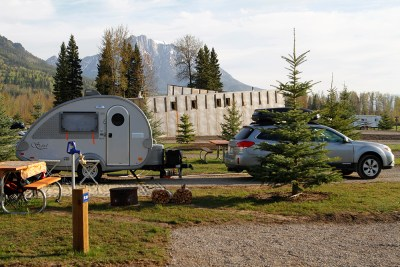 Small camper FernieLR