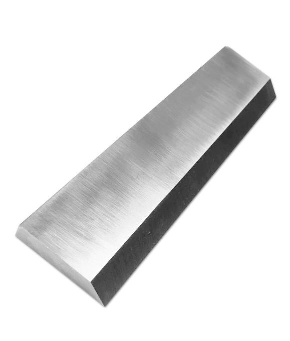 Strand pelletizer knife