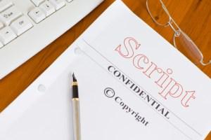 <strong>Großartige Filme und fesselnde Serien entstehen durch die kreative Feder des Drehbuchautors.</strong><br/>© Pixsooz - Fotolia.com