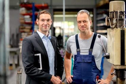 ©Lernen Sie die wichtigsten kaufmännischen Grundlagen mit dem Fernlehrgang Geschäftsführung für Kleinbetriebe. Firma V - Fotolia.com
