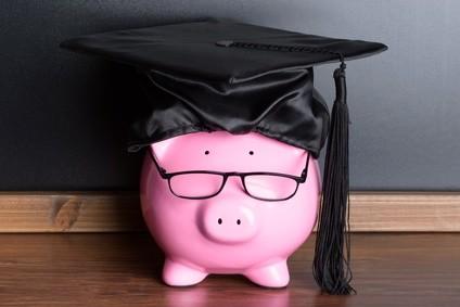 Spar dein Geld mit einem kostenlosen Girokonto. © Andrey Popov - Fotolia.com