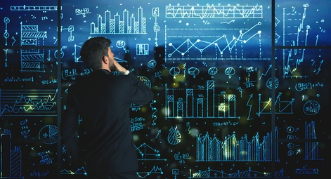 <strong>Mit dem Fernstudium Business System qualifizieren Sie sich für die Bereiche des Controllings, der Datenverarbeitung und Organisation oder des Marketings.</strong><br />© ra2 studio - Fotolia.com