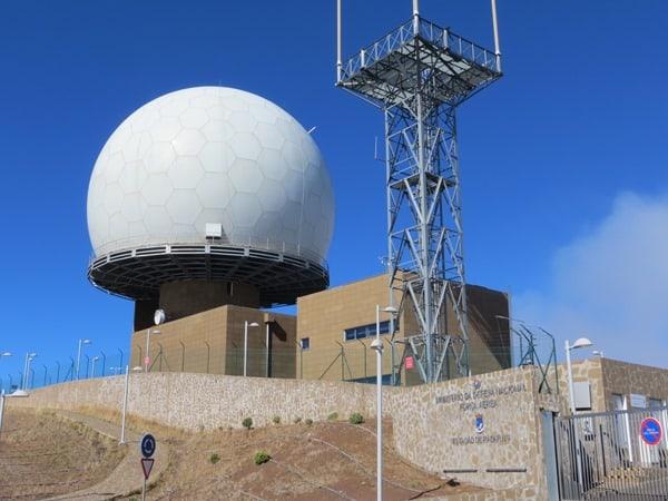 02-Pico-do-Arieiro-Radarstation-1810-Meter