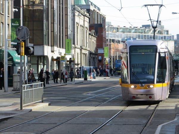 Guinness Storehouse Dublin Strassenbahn Irland