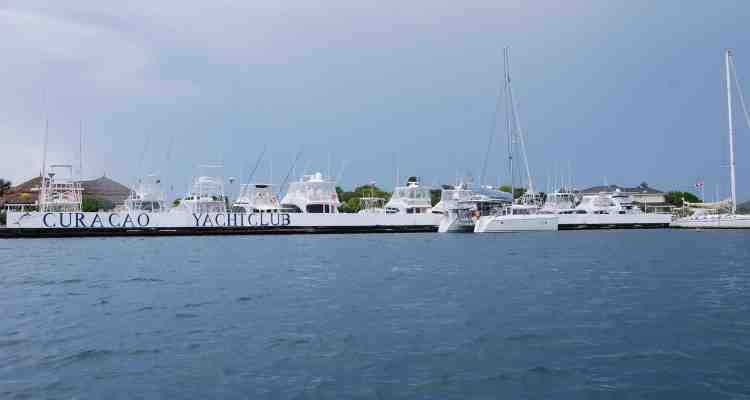 00 Yachtclub Curacao Spanish Waters Willemstad