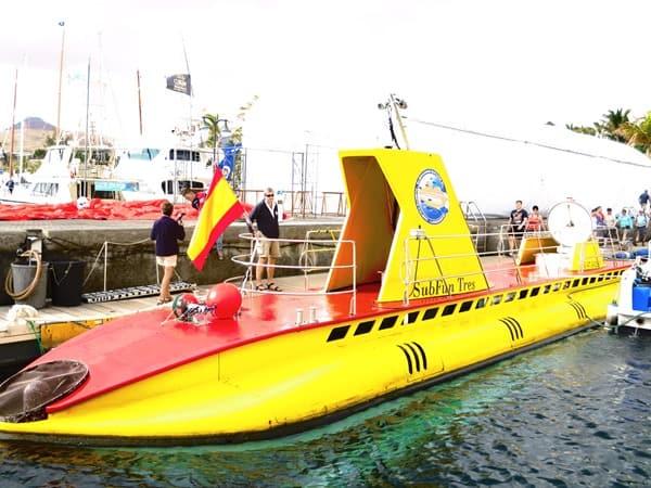 11_Yellow-Submarine-gelbes-U-Boot-Lanzarote