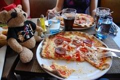 13_JackBearow-Pizza-Cannes-Frankreich