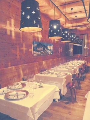 07_Restaurant-For-Friends-Fine-Dining-Tirol-For-Friends-Hotel-Moesern-Seefeld-Oesterreich