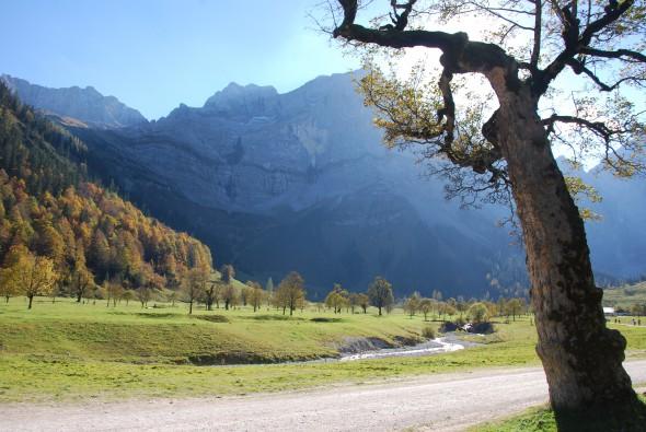 00 Altweibersommer Karwendel Eng Tirol Oesterreich 590x395 1
