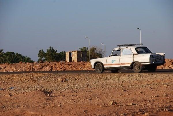 Parkplatz Abu Simbel Ägypten Urlaub