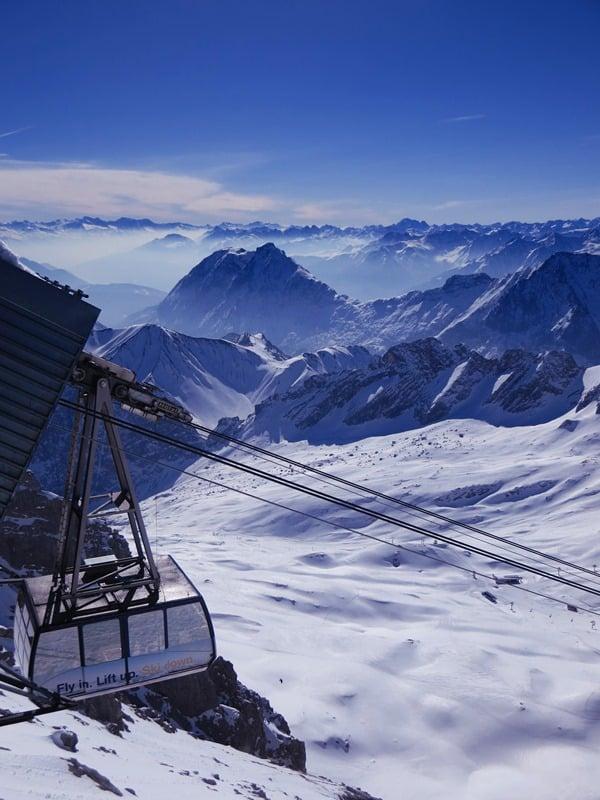07_Zugspitze-Seilbahn-Alpenpanorama