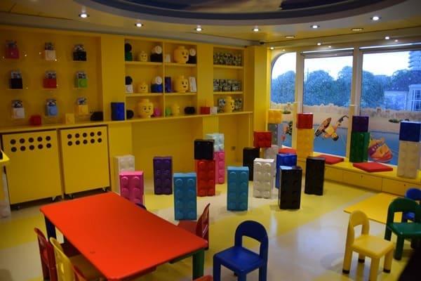 12_LEGO-Mini-Club-Kinder-MSC-Sinfonia