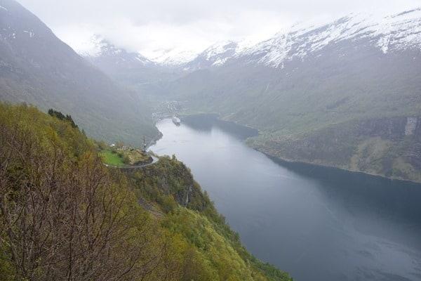 Aussicht Adlerstrasse Geirangerfjord Norwegen Nordland-Kreuzfahrt MSC Sinfonia