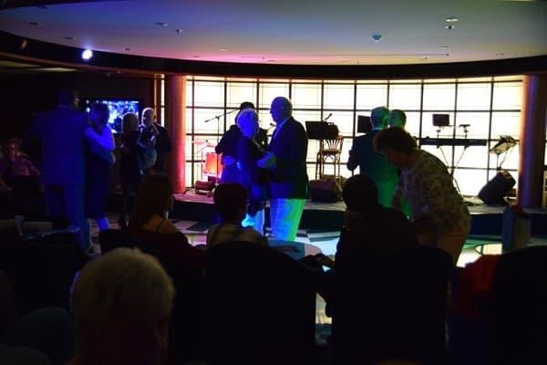 28_Tanz-Manhattan-Bar-MSC-Sinfonia