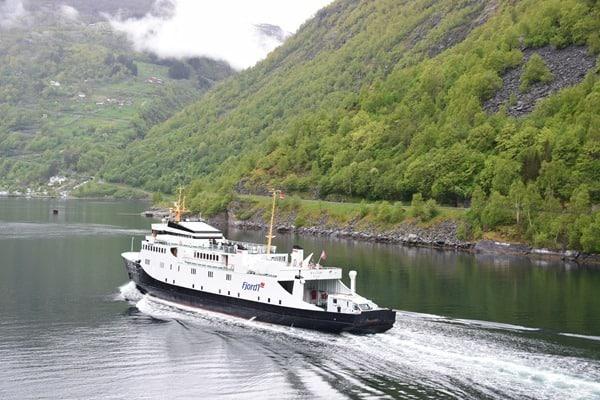 Geirangerfjord Norwegen Geiranger Fähre Fjord1