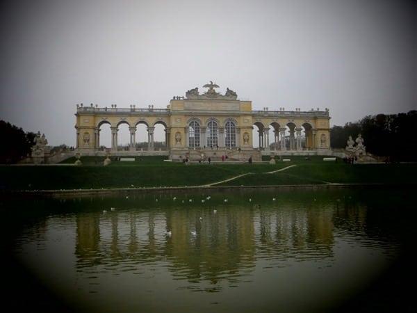 20_Gloriette-Schlosspark-Schloss-Schoenbrunn-Wien-Oesterreich