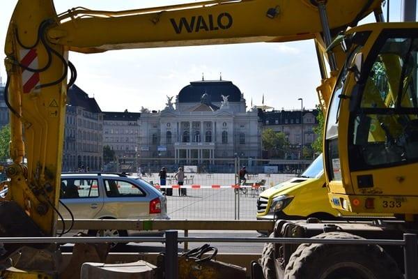 Opernhaus Zürich Sehenswürdigkeiten Schweiz Baustelle