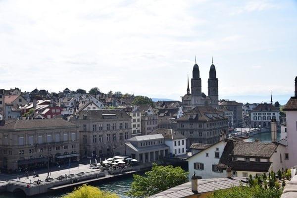 Zürich Sehenswürdigkeiten Schweiz Grossmünster