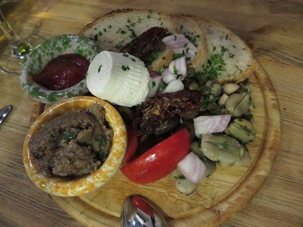 Malta Urlaub Sehenswürdigkeiten Tipps Essen maltesische Vorspeisen
