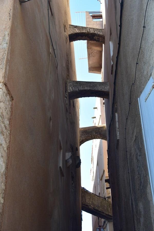 Bonifacio Korsika Zisternen Gassen Altstadt Zitadelle Frankreich