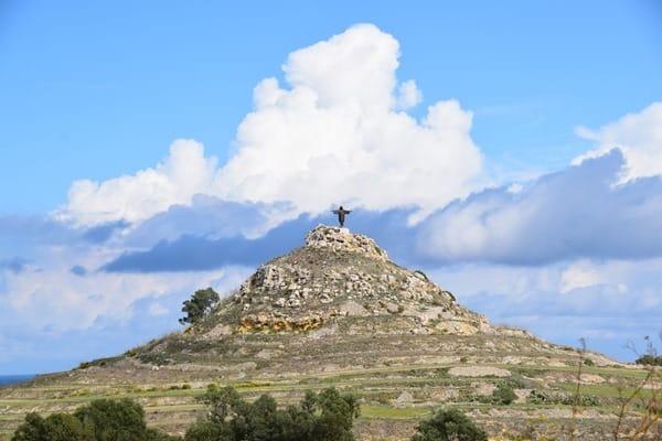Malta Gozo Urlaub Sehenswürdigkeiten Tipps Christus Statue Tas Salvatur