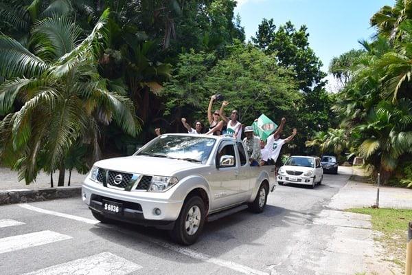 32_Wahlkampf-auf-Praslin-Seychellen