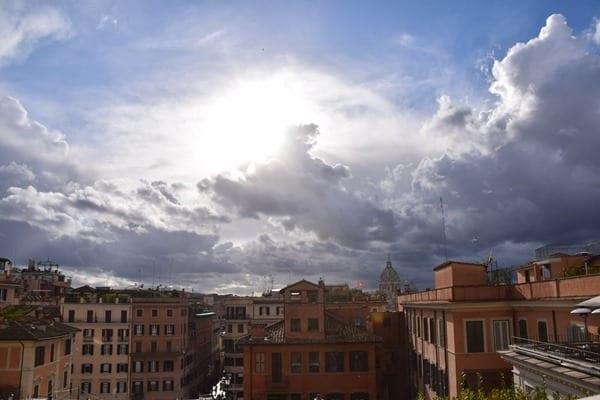 17_Ausblick-Trinita-dei-Monti-Spanische-Treppe-Rom-Italien