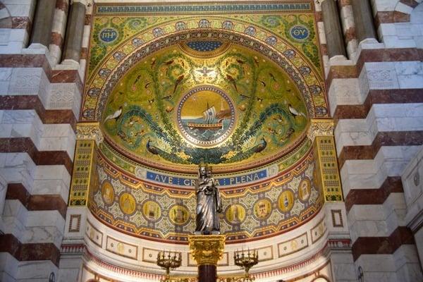 13_Altar-Notre-Dame-de-la-Garde-Marseille-Provence-Frankreich
