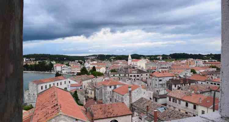 000 Blick vom Glockenturm Euphrasius Basilika auf Porec Istrien Kroatien